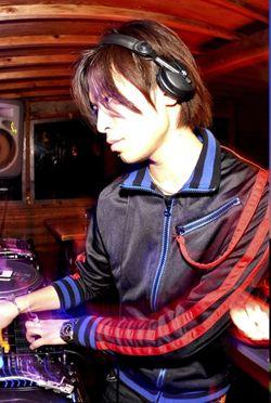 Takuya_Raymond.jpg